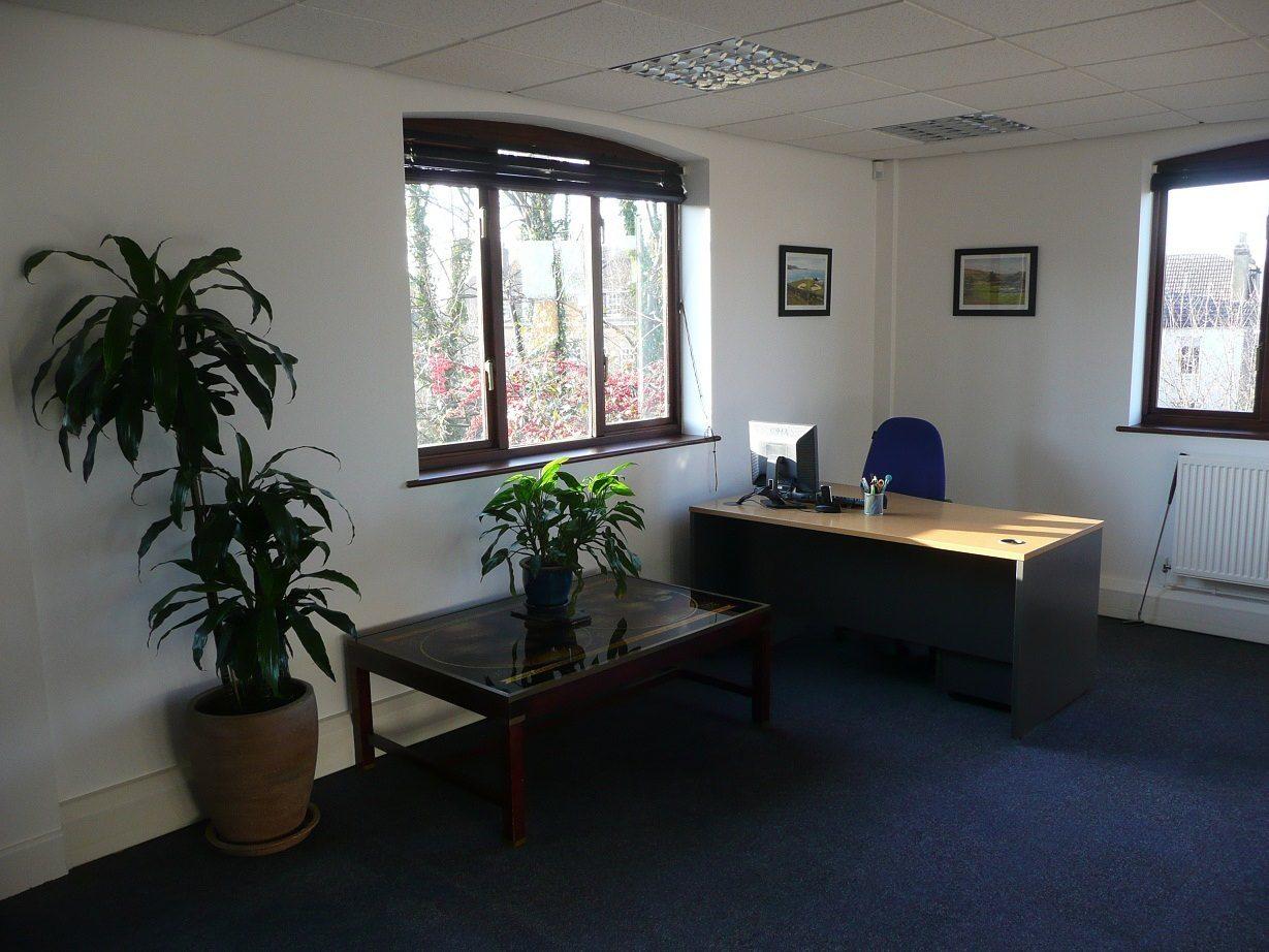office space to rent in farnham surrey